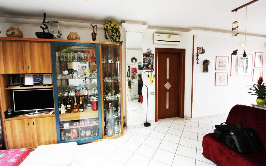 APPARTAMENTO DI 3 VANI + accessori – RISTRUTTURATO